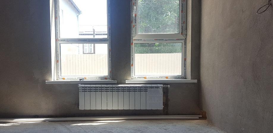 montaj-radiatorov-svoimi-rukami.jpg