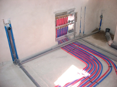 Монтаж лучевой системы отопление